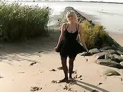 Duits echtpaar maakt seks op het strand